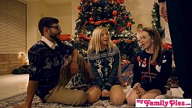 Horny Sisters Get Brothers Cock For Xmas S1 xnxx image