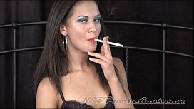 Ariana Fox - Smoking Fetish at Dragginladies sex image
