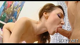 Girl does a ideal oral