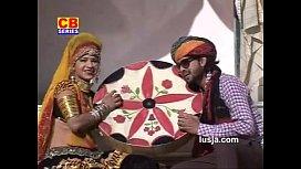 Ud Gai Nindadli Nau Bhabhi Dever Playing Holi