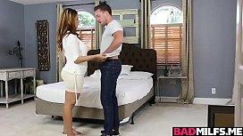 Miss Raquel suck Penelope Reeds boyfriends cock