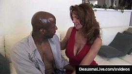 Texas Cougar Deauxma &amp_ Colombian Ariella Ferrera Fuck BBC!