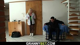 Guy bangs hot blonde granny