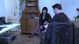 Jade, 35 ans, asiatique encul&eacute_e par un inconnu.