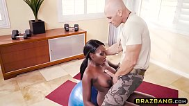Huge tits ebony fucked by gym coach during training xxx video