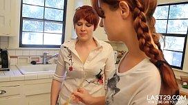 fiesty lesbian hotties finger fuck in the kitchen