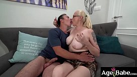 GILF Violett loves to get fucked hard and ride a big hard cock
