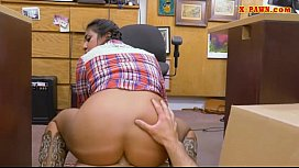 Texas cowgirl screwed by nasty pawn dude