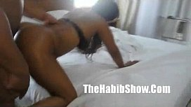 Prostituta se divertindo com o gringo safado