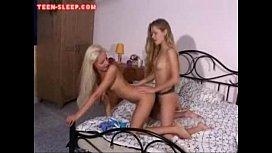 Teen Lesbians Strapon Sex