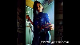 Orally Yours: King Noire & Jet Setting Jasmine Sexy Black Woman takes Huge BBC