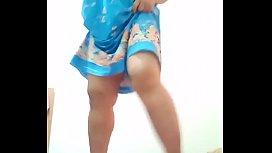 Thai aunty dancing and flashing