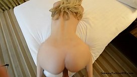 Sexy Blonde Hotel Hookup