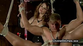 Bound guy fucks babe with strapon dildo strapped to his face