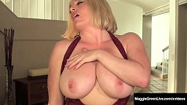 Well Rounded Milf Maggie Green Fingers Her Plump Pussy! xxx video