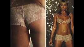 Jennifer Aniston Disrobed o qHxI