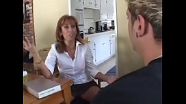 this moms are looking for young guys - MOTHERYES.COM