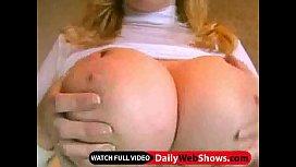 Huge tits on webcam - DailyWebShows.com
