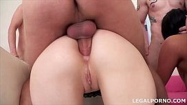 Big butt sluts Vanessa Vaughn & Ariadna swallow 19 cumshots after anal orgy