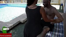 A massage at the pool ends in food cock and cum in her face