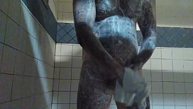 Tattd up White guy taking a shower and stroking his bwc