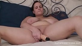 Fat wife impaled by her hubbys thick cock in home video