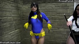 Superheroines Can'_t Resist Each Other'_s Pussies