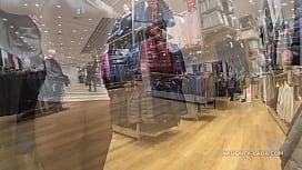 팬티없는 매끄러운 팬티 스타킹  milf, public, pantyhose, 깜박임, 노출증, 쇼핑, 투명, 몰, public-flash, upskitr