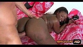 Dark Skin Babe Gettiing Railed Mocca Angel