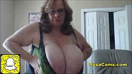 US Granny Bouncing The Biggest Natural Tits in The World