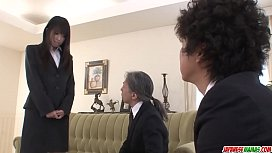 Kotomi Asakura amazing threesome with two males - More at Japanesemamas com