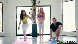 Hot babes in a threesome fuck yoga session