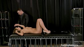 Submissive Girl Jill Kassidy Gets Fucked by Mr White