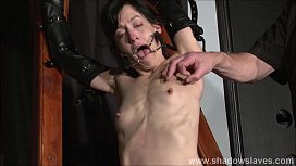 Enslaved painslut Elise Graves whipping in hard punishment session of tit t