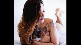 A tatuada mais gostosa da net