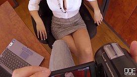 Bosses Pet - Secretary Chessie Kay is the Queen of DeepThroat hamsterxxx