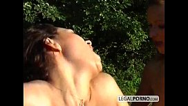 Rough outdoor assfucking threesome NL
