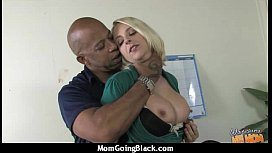 Mature Lady in Interracial Amateur Video 7