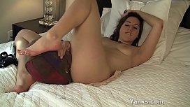 Blonde yanks cutie karina pontiac masturbates - 1 3
