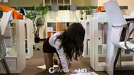 HD Fanta Nau secretary Lily Carter fucks in the office