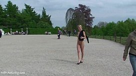 Hot public nudity with sweet blonde
