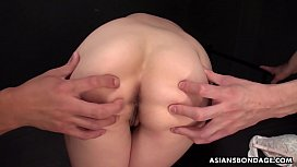 Naked Japanese brunette, Maria Ono is having a mmf threesome