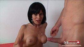Moni 30, beim Pornodreh den Kameramann benutzt