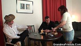 Strip poker leads to hard threesome