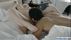 Pregnant woman Karla Kush morning fuck