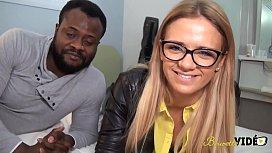 Angelica Teen Beurette Essaye Les Blacks Pour La Premire Fois