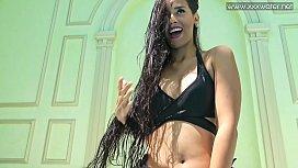 Andreina De Luxe hot Latina in the pool