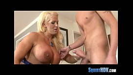 Make that pussy squirt 611