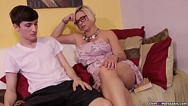 ov40-Sexy milf jerking off a younger man