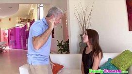 FamilyOrgasm.com - Ariana Grand Seduced By American Daddy